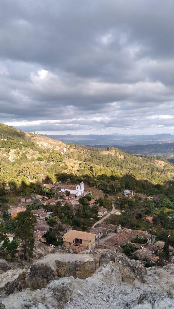 El pueblo de San Antonio de Oriente - Mirna Rosibel Salgado